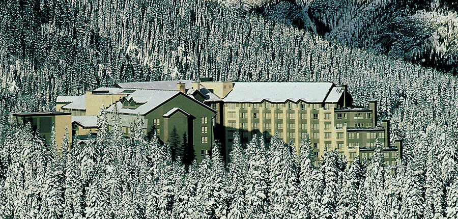 canada_big-3-ski-area_banff_rimrock_hotel_exterior-day.jpg