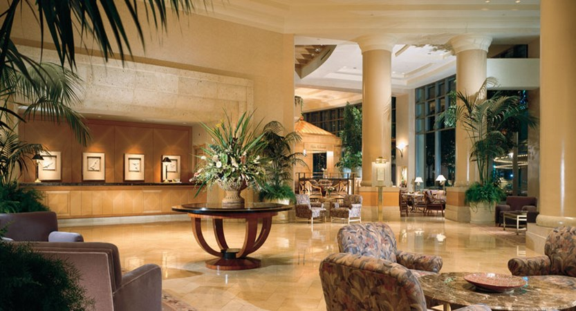 canada_vancouver_fairmont_waterfront_lobby.jpg
