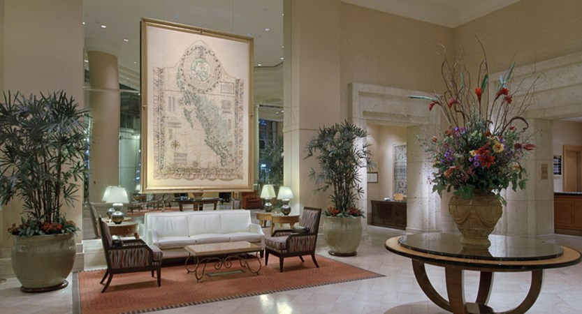 canada_vancouver_fairmont_waterfront_lobby2.jpg