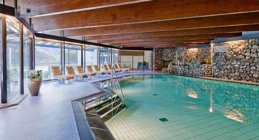 Alexandra Hotel Loen Norway - Lake & Mountains Holidays