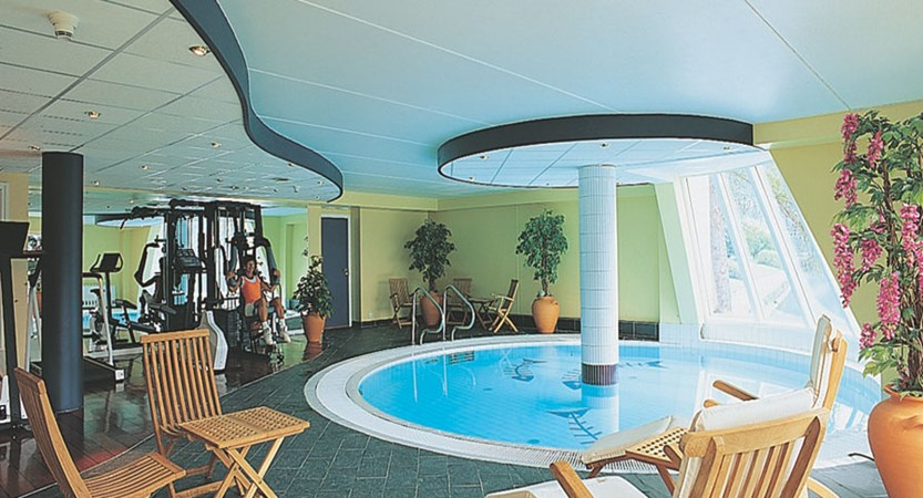 Brakanes Hotel, Ulvik, Norway - Fitness room with small pool.jpg