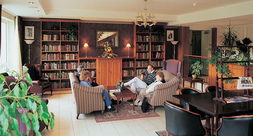 Brakanes Hotel, Ulvik, Norway - Hotel lounge and library.jpg