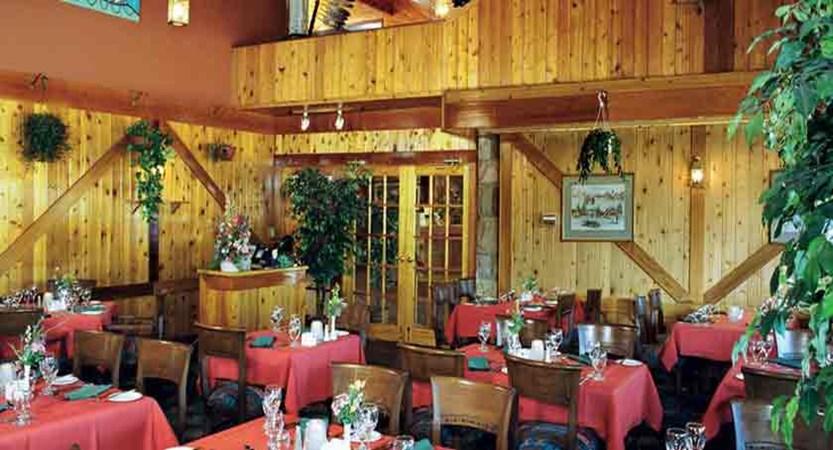 canada_jasper_sawridge_hotel_dining2.jpg