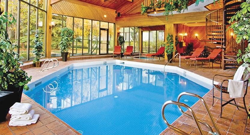 canada_jasper_chateau_jasper_pool.jpg