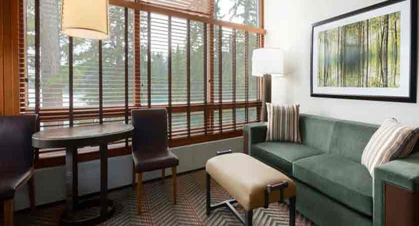 canada_jasper_fairmont-jasper-park-lodge_junior-suite-lake-view.jpg