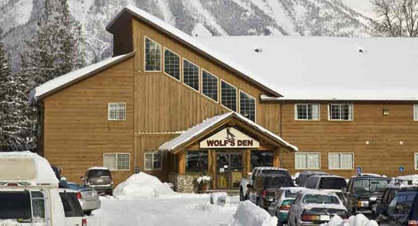 canada_fernie_fernie_slopeside_lodge_wolfs_den.jpg