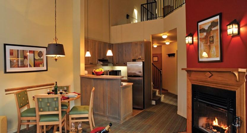 canada_mont_tremblant_Marriott_Residence_Inn_Apartments_suite.jpg