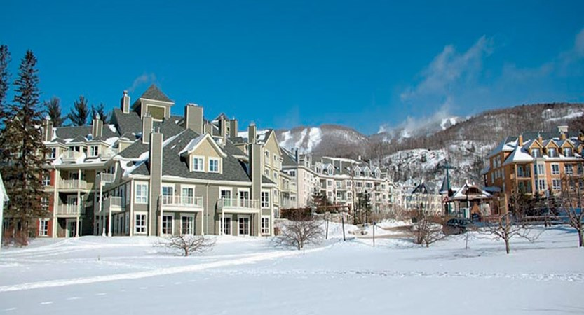 canada_mont_tremblant_hotel_ermitage_du_lac_exterior2.jpg