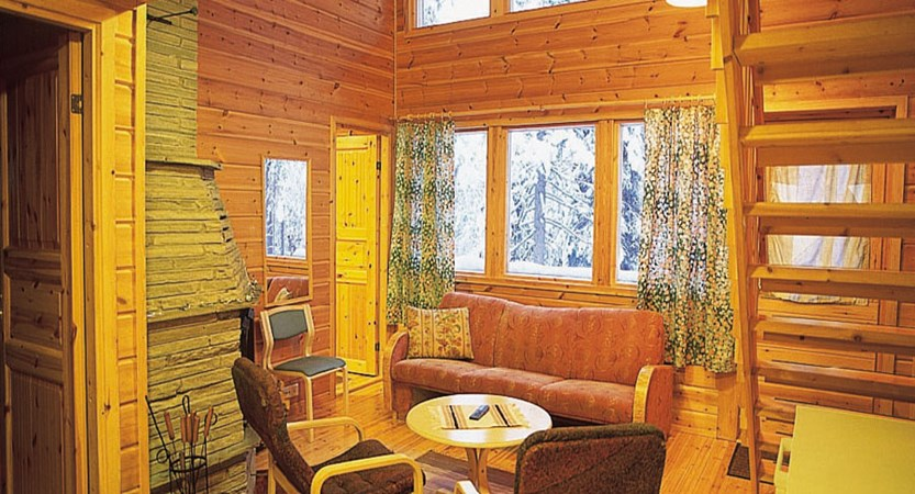 Finland_Lapland_Levi_Immelmokit-Cabins_interior.jpg