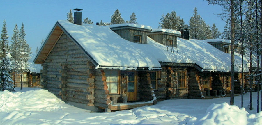 Finland_Lapland_Levi_Levi_log_cabins_row_of_cabins.jpg