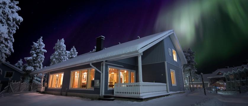 finland_lapland_levi_k5-cabin_exterior_northern-lights.jpg