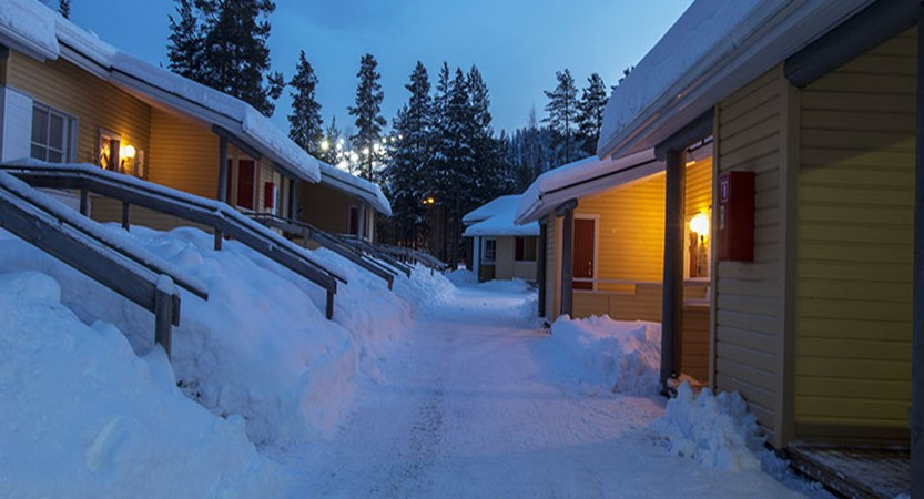 Finland-Lapland_Levi_Levi-Cottages_exterior1.jpg