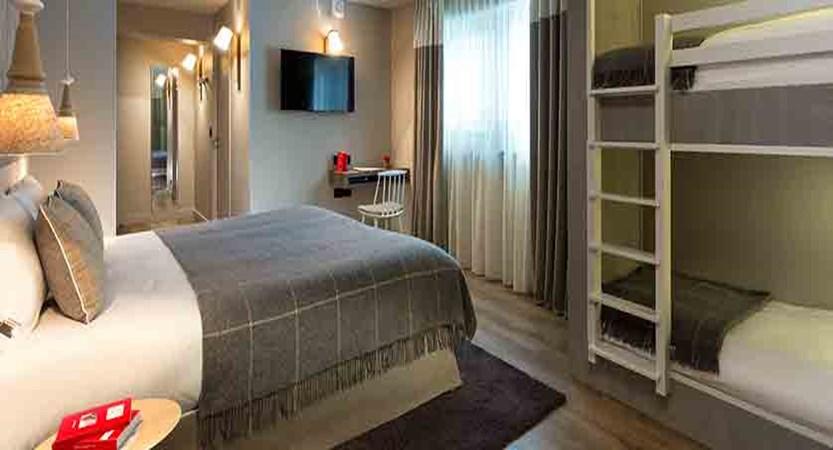 Hotel Heliopic, Chamonix, France - family bedroom.jpg