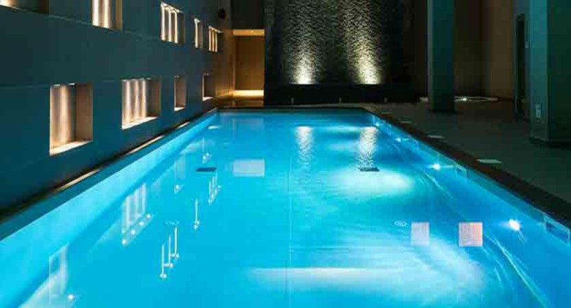 Hotel Heliopic, Chamonix, France - indoor pool 2.jpg