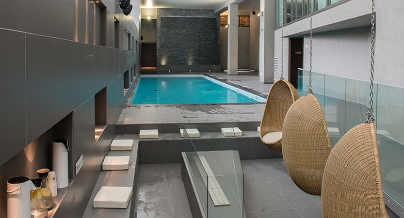 Hotel Heliopic, Chamonix, France - indoor pool.jpg