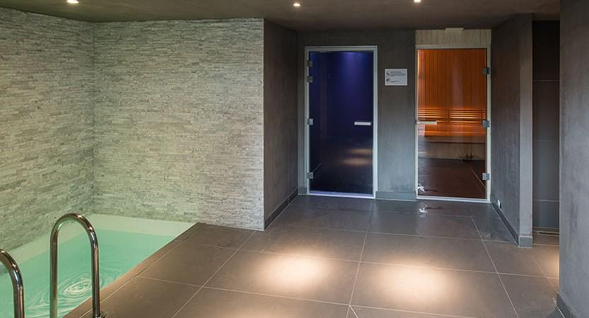 Hotel Heliopic, Chamonix, France - spa area.jpg