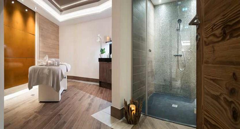 Cristal de Jade Residence, Chamonix, France - spa area, treatment room.jpg