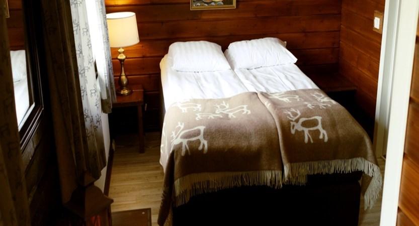Finland_Saariselka_Muotka-Wilderness-Lodge_double-room2.jpg
