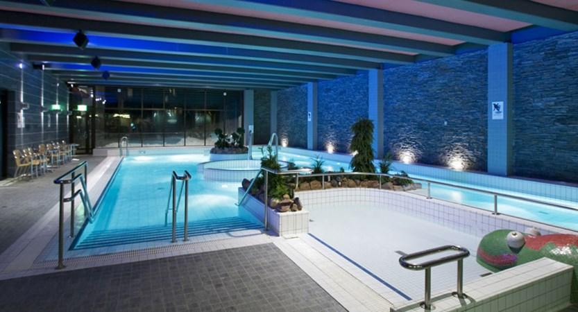 finland_lapland_yllas_yllas-saaga-spa-hotel_indoor-pool.jpg