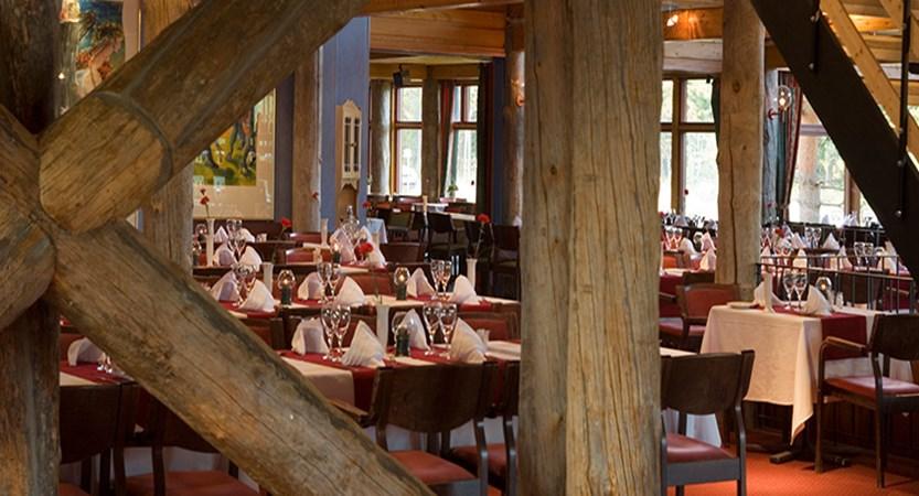 finland_lapland_yllas_akas-hotel_restaurant.jpg