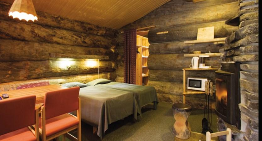 finland_lapland_yllas_akas-hotel-cabins_interior.jpg