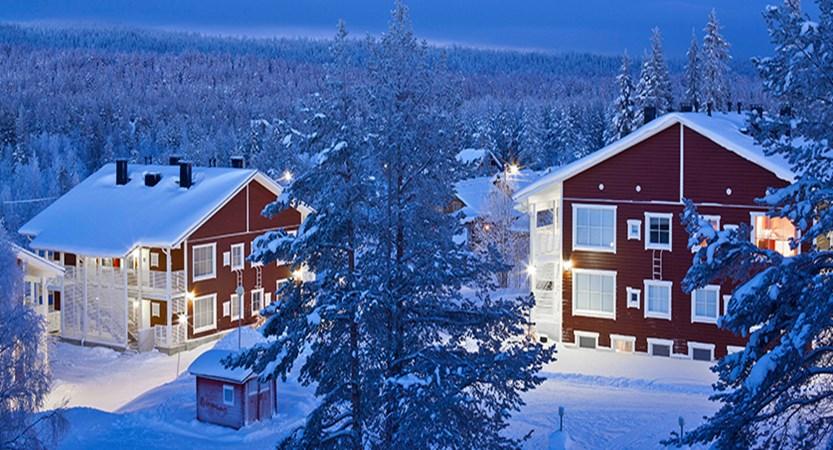 finland_lapland_yllas_Äkäs_alp_apartments_behind-hotel.jpg