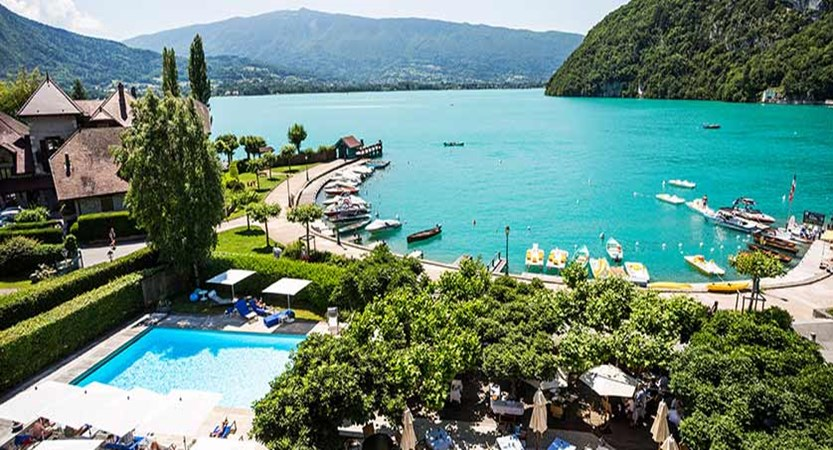 Hotel Le Cottage,Talloires, Lake Annecy, France - View from hotel of the pool & lake.jpg
