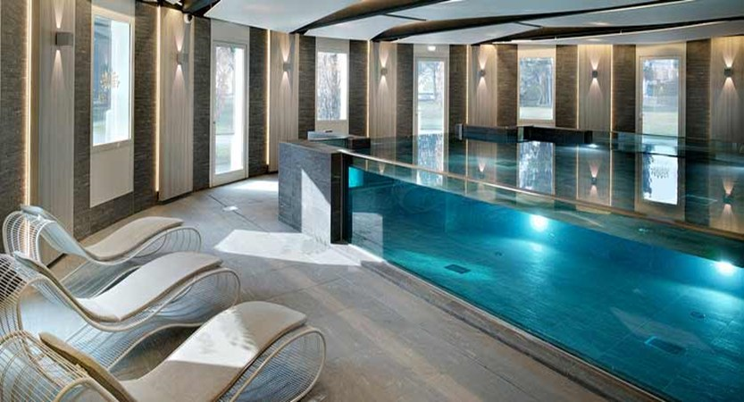 Hotel Imperial Palace, Talloires, Lake Annecy, France - spa area.jpg