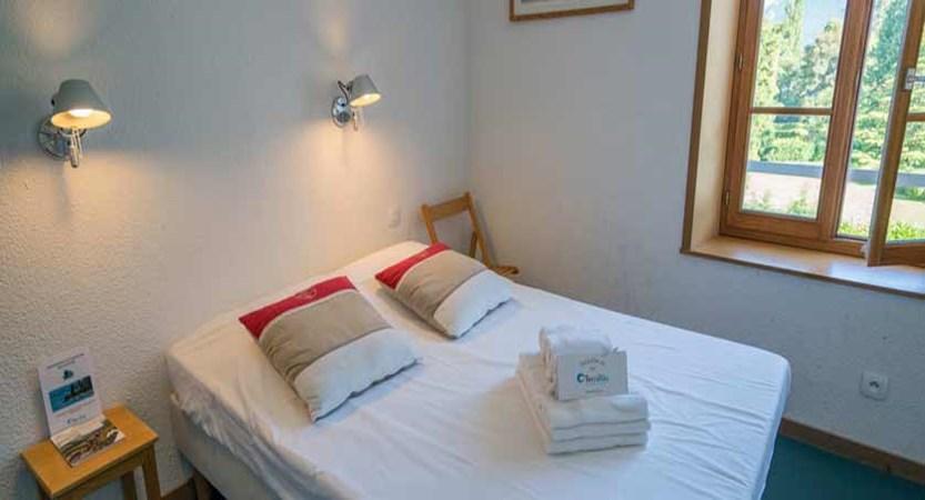 Hotel Pavillon des Fleurs, Talloires, Lake Annecy, France - double bedroom.jpg