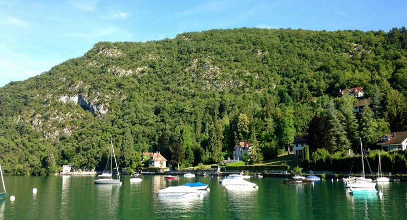 Lake view, Talloires, Lake Annecy, France.jpg