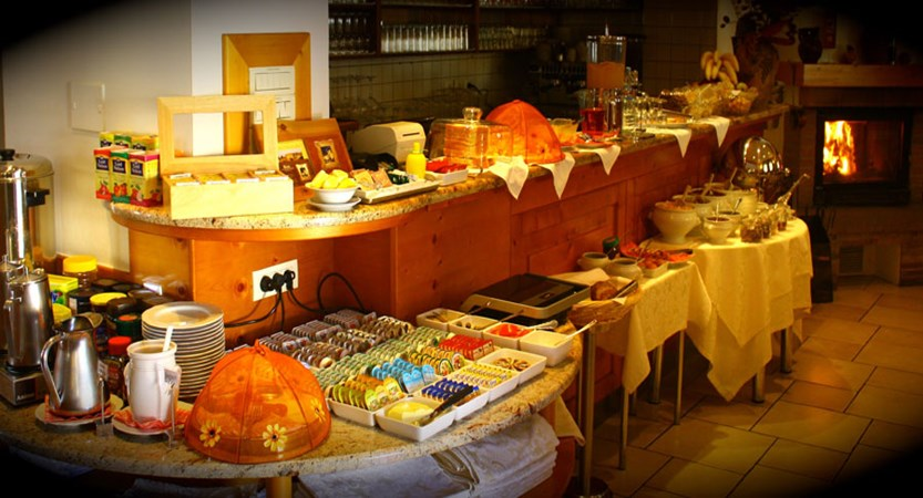 Hotel Kotnik, Kranjska Gora, Slovenia - breakfast buffet.jpg