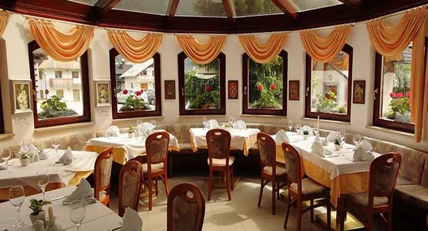 Hotel Miklic, Kranjska Gora, Slovenia - Restaurant.jpg