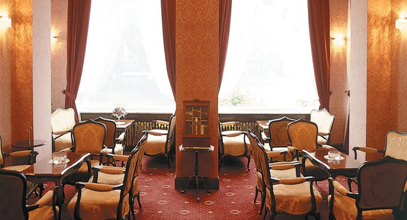 Grand Hotel Toplice, Bled, Slovenia - lounge.jpg