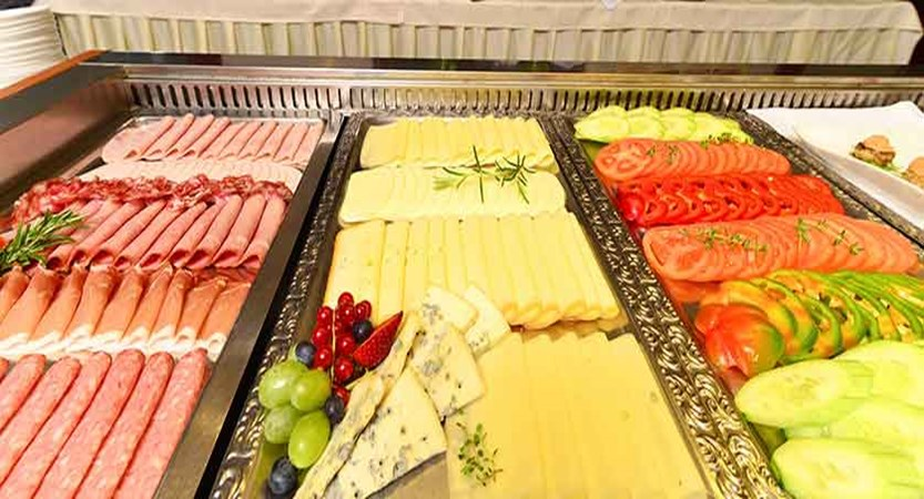 Hotel Kompas, Lake Bled, Slovenia - breakfast buffet 2.jpg