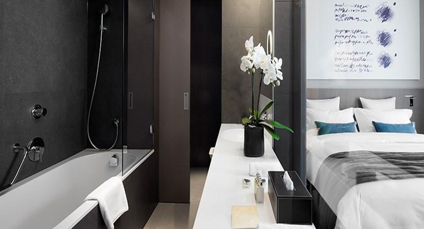 Hotel Cubo, Ljubljana, Slovenia - en suite bathroom.jpg