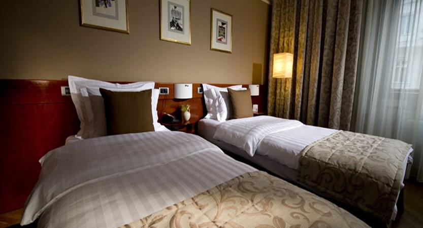 Hotel Slon, Ljubljana, Slovenia - Twin room.jpg