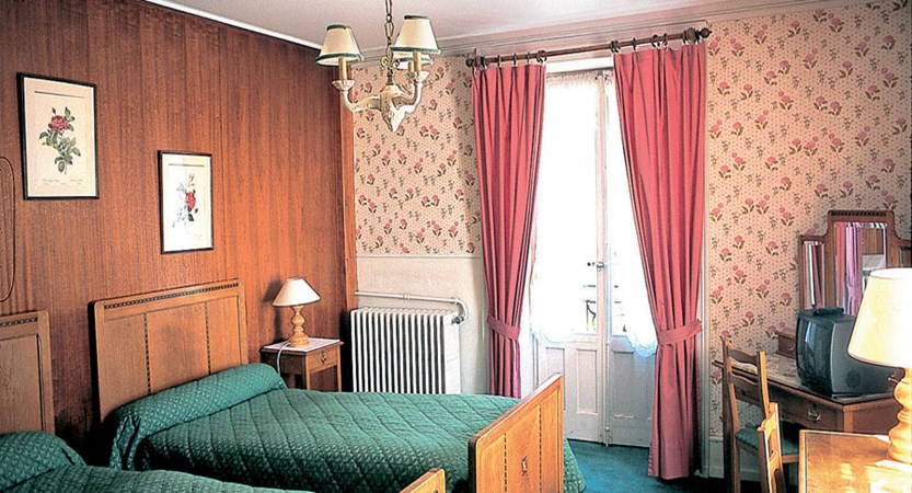 Hotel Richemond Twin bedroom