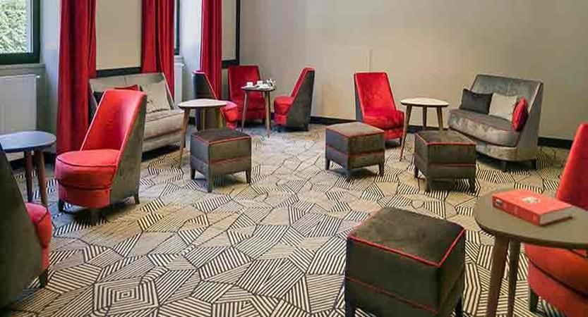 Hotel Excelsior lounge