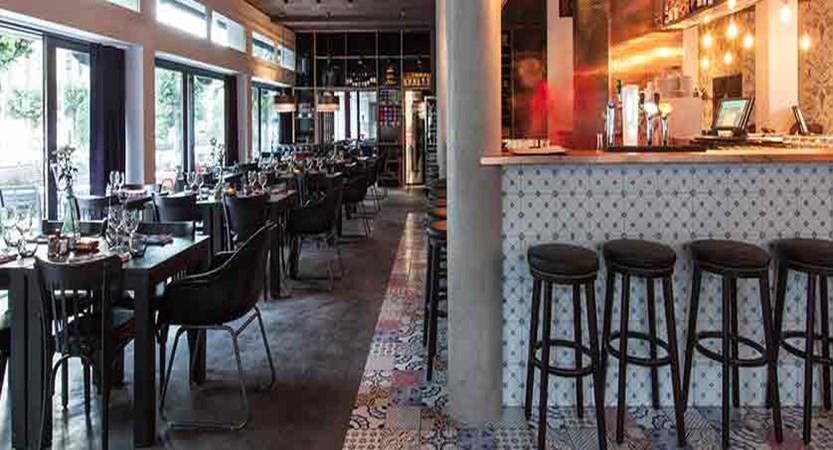Pointe Isablle bar/restaurant 3