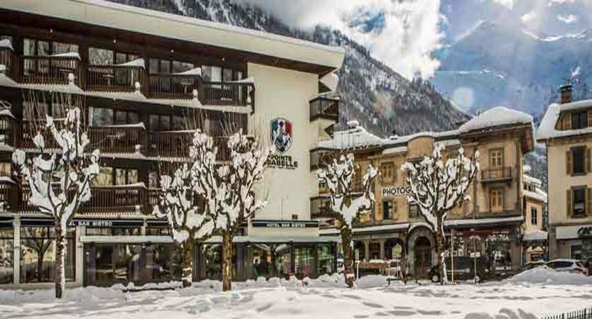 Hotel Pointe Isabelle winter exterior 2