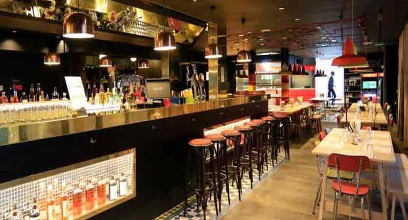 Hotel Rockypop bar