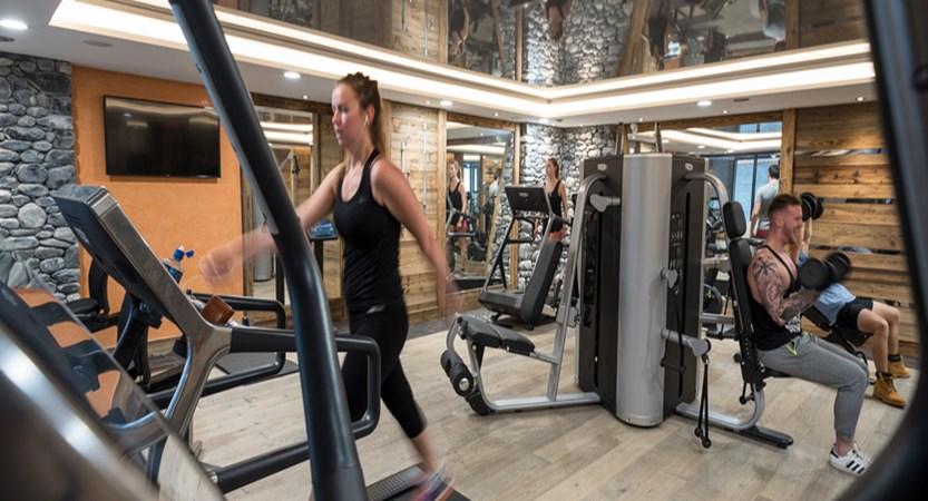 Cristal de Jade residence gym