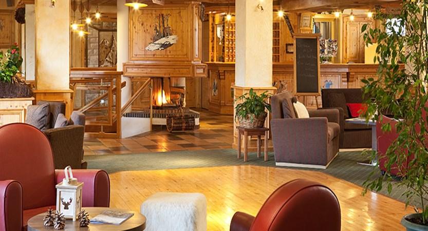 Hotel Le petit dru lobby