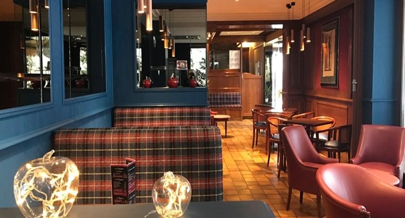 Hotel Les Airelles bar
