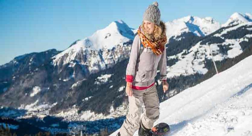 Village club du soleil - snowboarder- free board rental