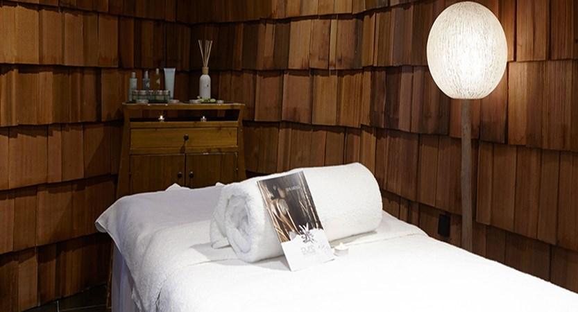 Hotel des Dromonts - massage room