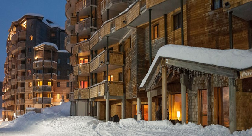France_Avoriaz_Les-Crozats-apartments_Exterior.jpg