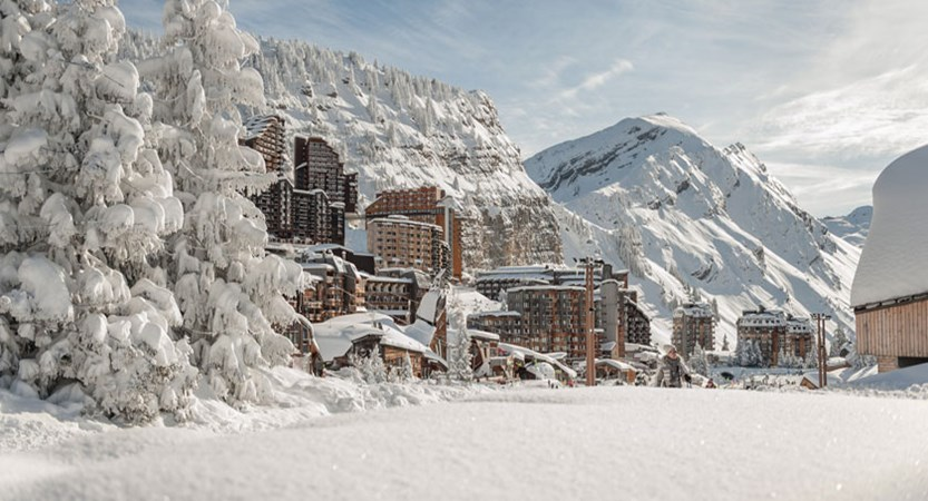 France_Portes-du-Soleil-Ski-Area_Avoriaz_Resort-view2.jpg