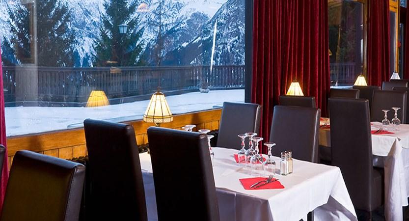 Hotel Ibiza dining room