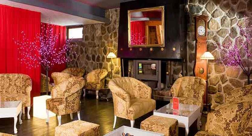 Hotel Ibiza interior 2